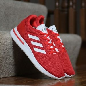 Adidas Men's Essentials Run70s Running Shoes Red